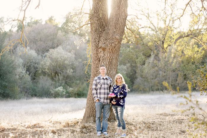 10 field maternity photos