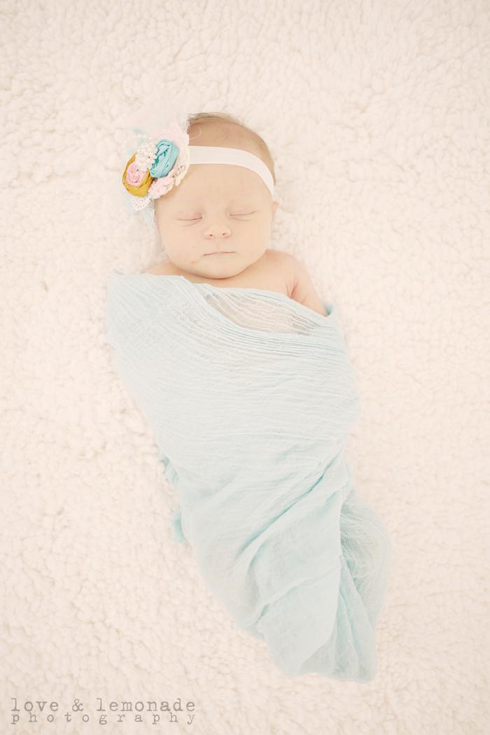 02-cute-newborn-photos
