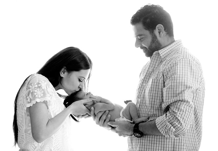 newborn photography; newborn photographer; newborn photos; adam antoun; love and lemonade; newborn sessions